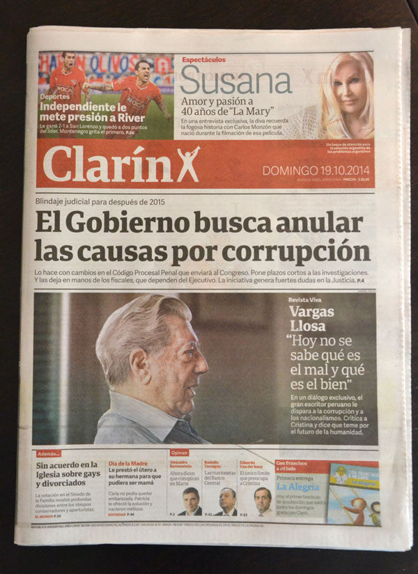 Tailored newspaper font: Clarín Títulos by TypeTogether