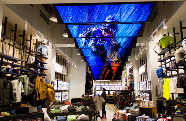 Moment Factory creates multimedia installation for Oakley flagship store (New York, USA)