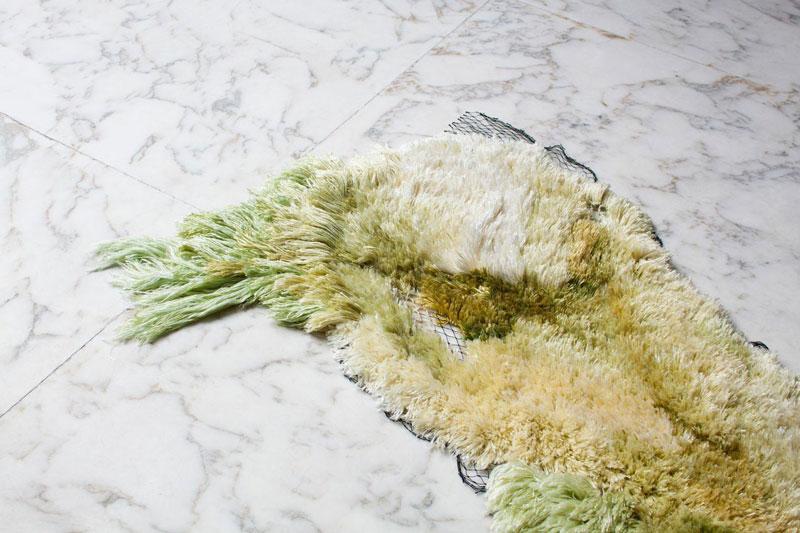 SEA ME: A rug made of sea algae