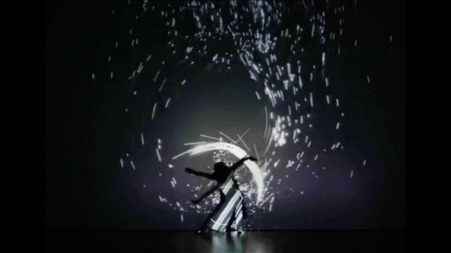 Takafumi Tsuchiya – Eclipse/Blue by Nosaj Thing (4:29)