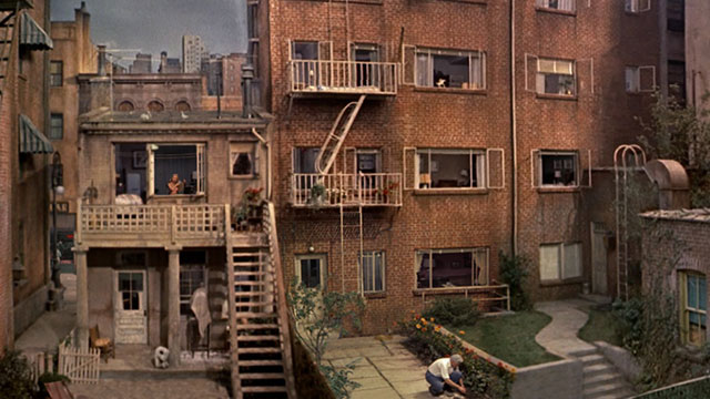 Jeff Desom – Rear Window Timelapse (02:58)