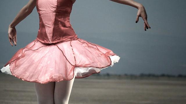 Luis Gerardo Hernandez – Slow Ballet (02:07)